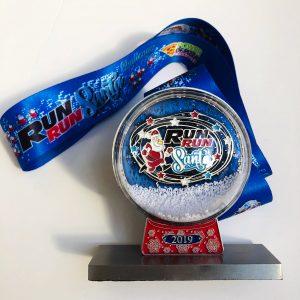 Virtual Strides Partner Virtual Race - Run Run Santa 2019 Snow Globe Medal